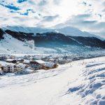 Sentier GR 10 des Pyrénées françaises: guide du randonneur - Meilleures stations de sport d'hiver